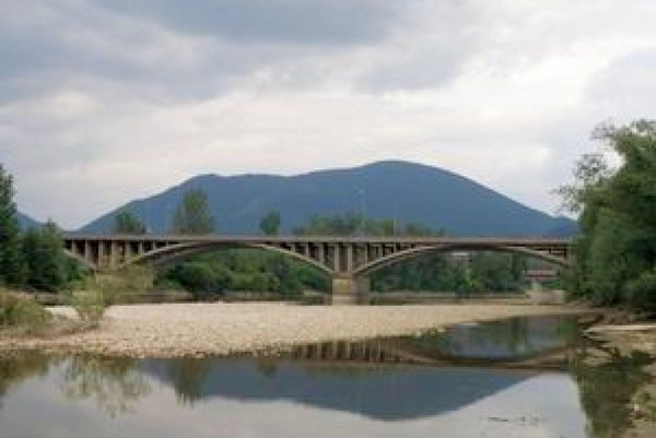 Keď postavili Orlovský most, kompa prestala premávať.