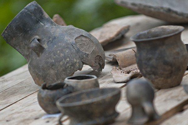 Archeológovia našli aj množstvo zachovanej keramiky
