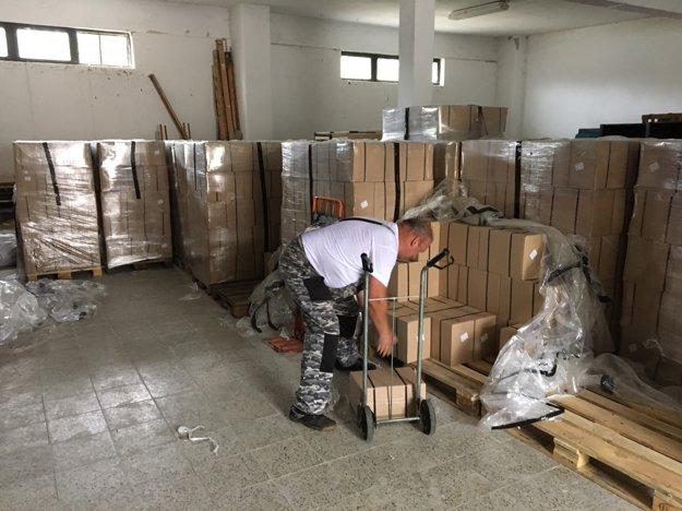 Rozdelili 518 potravinových balíčkov pomoci