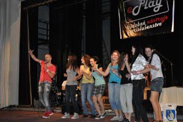 Mladí speváci si na pódiu zaspievali s Robom Opatovským.