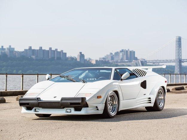 Lamborghini Countach 25 Anniversary.