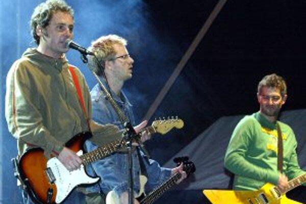 Skupina Hex vystúpi v Element music clube v Prievidzi 21. apríla o 21. h.