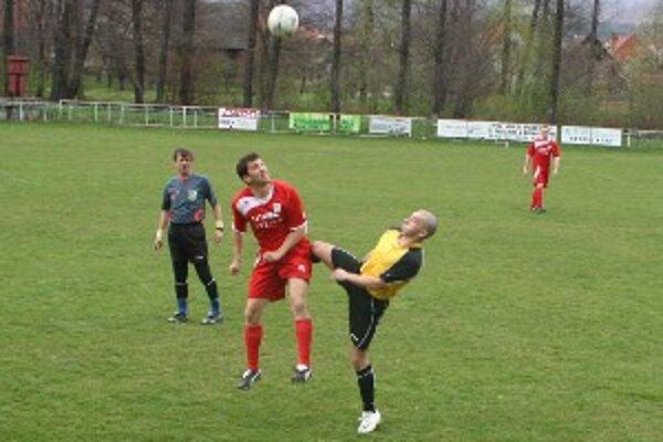 V zápase Nedožery-Brezany – Tužina diváci gól nevideli.