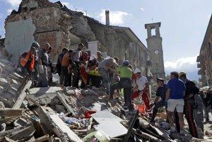Historické centrum Amatrice je v troskách.