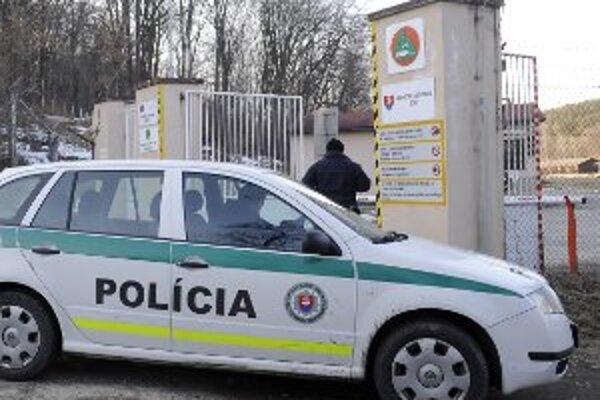 Špecialisti sú presvedčení, že príčinu nedávneho výbuchu v Novákoch zistia.