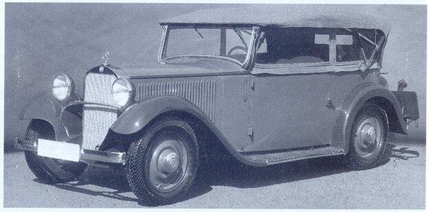 Zákazník si mohol nechať vyrobiť karosériu aj v niektorej inej karosárni. Tento otvorený štvorsedadlový kabriolet je prácou stuttgartskej karosárne Reutter.