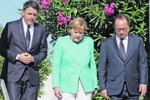 Angela Merkelová v strede.