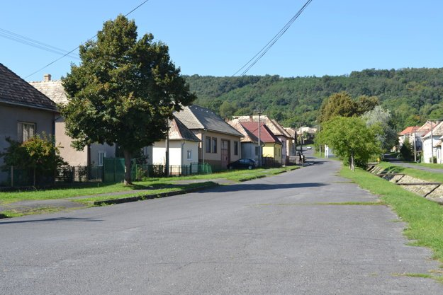 Obec Lehôtka.