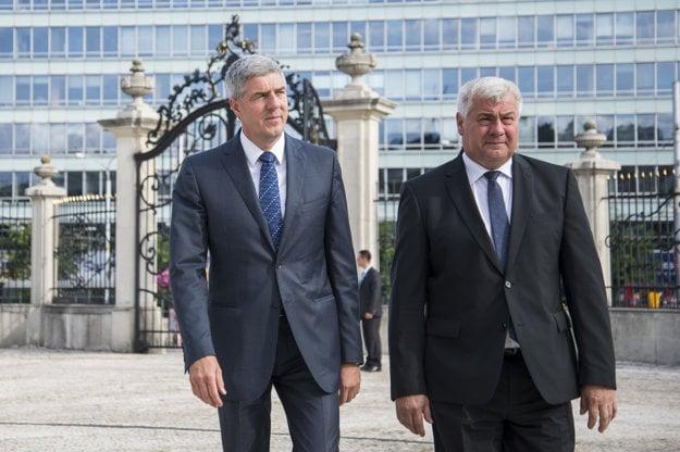 Béla Bugár a Árpád Érsek boli v pondelok za prezidentom.