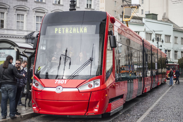 Električka značky Škoda.