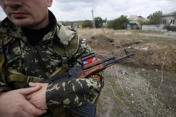 Boje pri meste Marjinka v Doneckej oblasti predstavujú podľa komisie najhoršie porušenie prímeria z polovice februára.