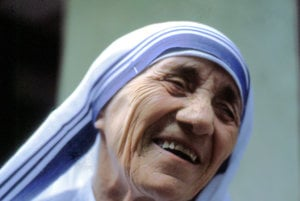 Matku Terezu v nedeľu vyhlásia za svätú len 19 rokov po jej smrti.