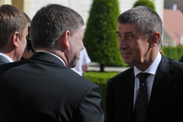 Kto je za politickou kariérou Andreja Babiša?