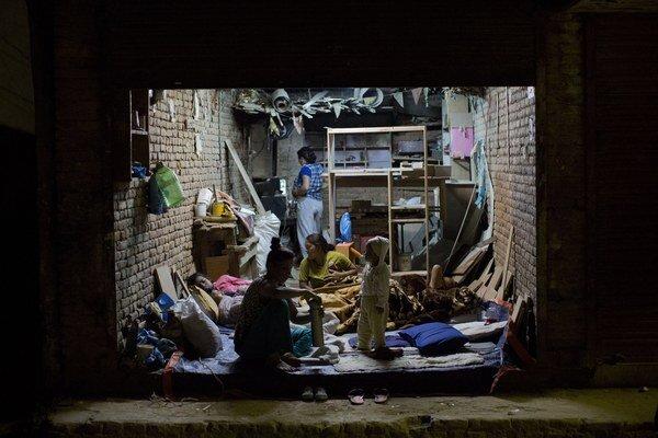 Nepál postihlo v utorok ďalšie zemetrasenie. Túto ázijská krajina sa ešte len spamätáva z ničivého aprílového zemetrasenia, ktoré bolo najhoršie v krajine za posledných vyše 80 rokov.