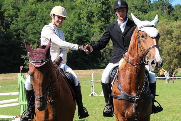 Vynikajúci jazdci - Lenka Kosková s Michalom Fridrichom.