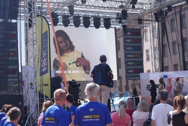 Otvorenie týždňa športu v Košiciach pozdravil cez veľkoplošnú obrazovku Peter Sagan.
