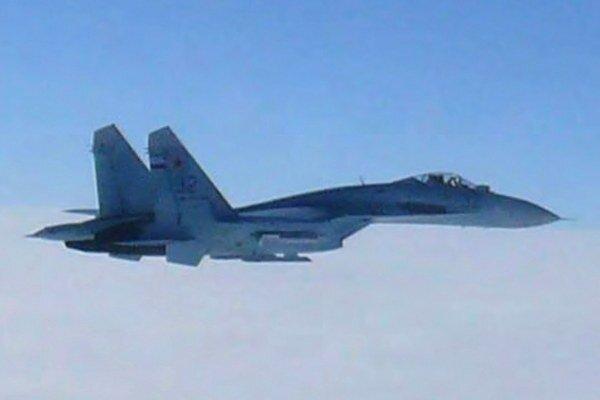 Ruskú stíhačku Su-27 zachytili v roku 2013 nad morom blízko ostrova Hokkaido.