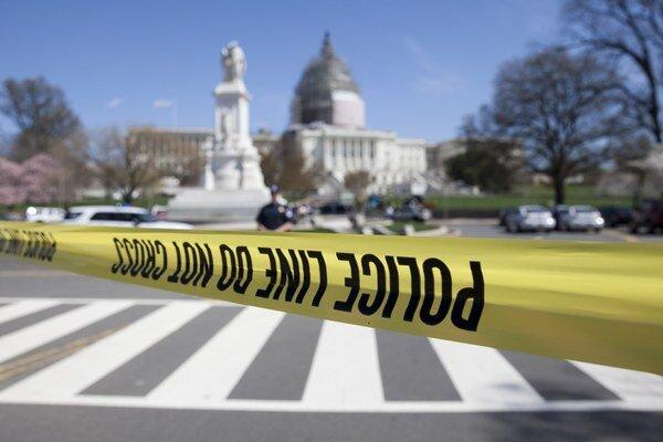 Sídlo amerického kongresu po streľbe uzavreli.