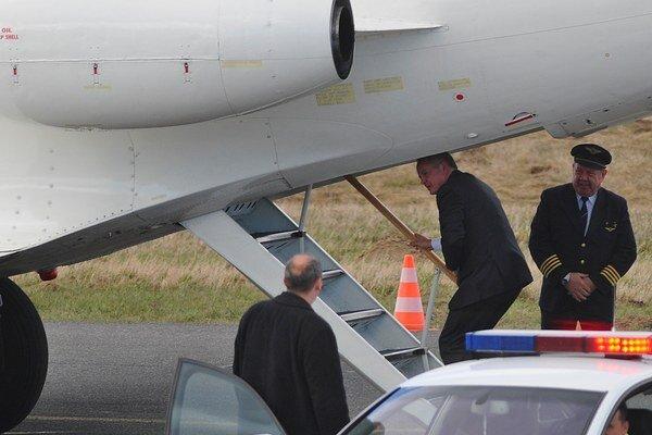 Prezident SR Andrej Kiska odletel na pracovnú návštevu Talianska a oficiálnu návštevu Vatikánu.