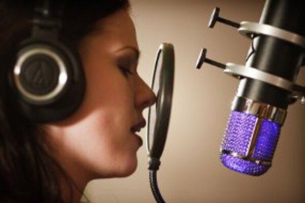 Barbora Koláriková spieva v kapele Fairy Tale.