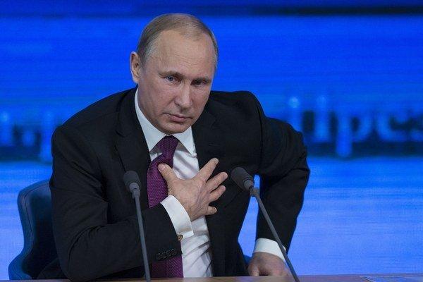 Situácia mohla byť na Kryme podobná, ako na východe Ukrajiny, tvrdí Putin.