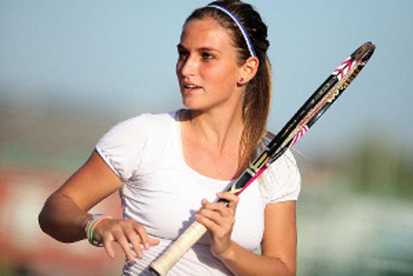V roku 2011 získala tri tituly v dvojhre a štyrikrát triumfovala v štvorhre.