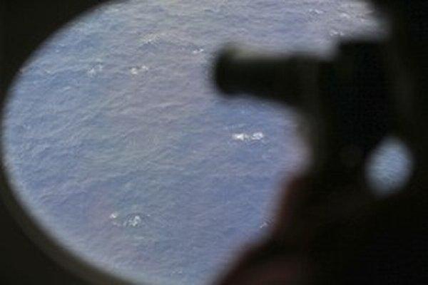 Po lietadle sa dlho intenzívne pátralo.