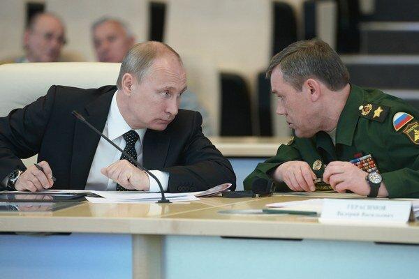 Vladimir Putin a Valerij Gerasimov.