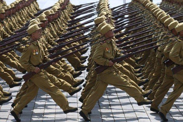 Armáda je základom severokórejského režimu.