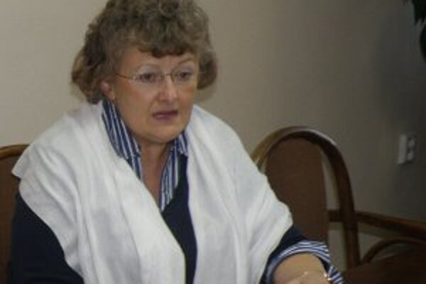 Helena Dadíková (nezávislá).