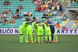 Futbalisti Žiliny predvádzajú v sezóne 2016/2017 výborné výkony a sú lídrami súťaže. Teraz budú na domácom trávniku čeliť druhej Podbrezovej.