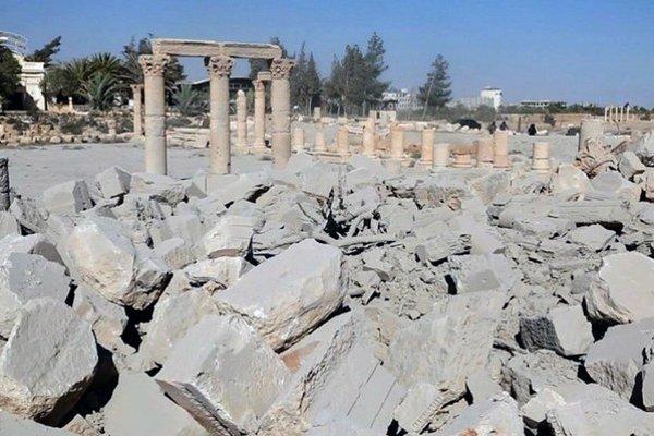 Islamisti zničili viaceré pamiatky v meste Palmýra.