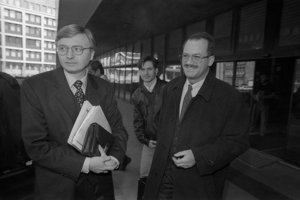 Michal Kováč mladší (vľavo).