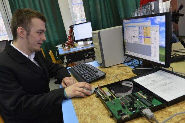 Metodicko-pedagogické centrum obstaráva informačno-komunikačné technológie pre modernizáciu infraštruktúry škôl.