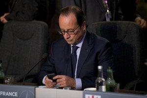 S francúzskym prezidentom by podľa návrhu mal bilaterálne rokovať aj prezident Andrej Kiska a tiež premiér Fico.