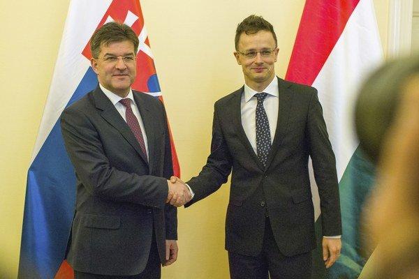 Lajčák sa stretol v Budapešti s Péterom Szijjártóom.
