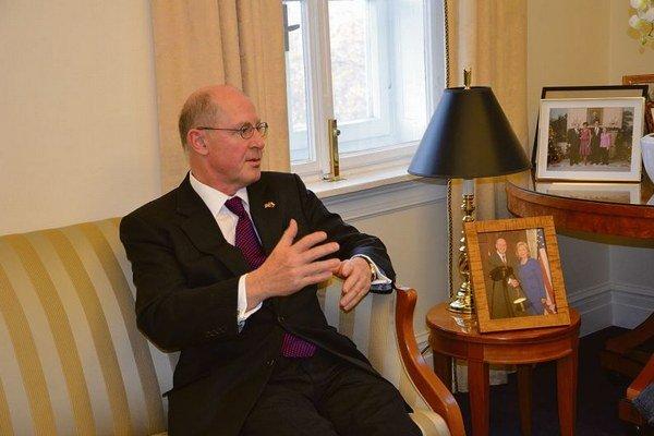 Americký veľvyslanec na Slovensku Theodore Sedgwick.