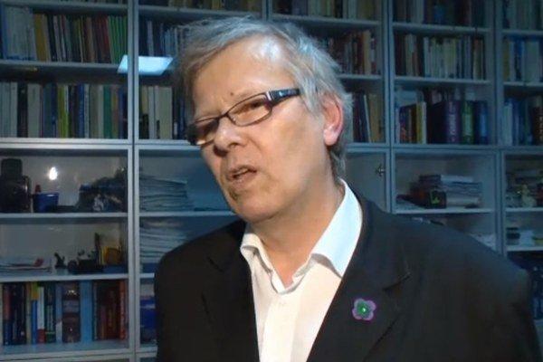 Doktor Peter Lipták.