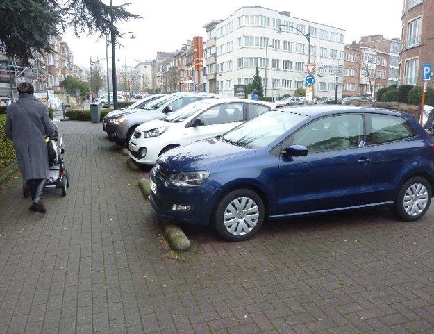 Parkovacie zábrany. Slovensko a Belgicko.