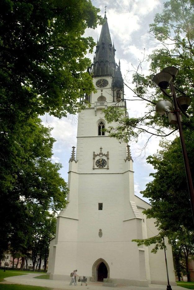 Kostolná veža v Spišskej Novej Vsi je najvyššia na Slovensku.