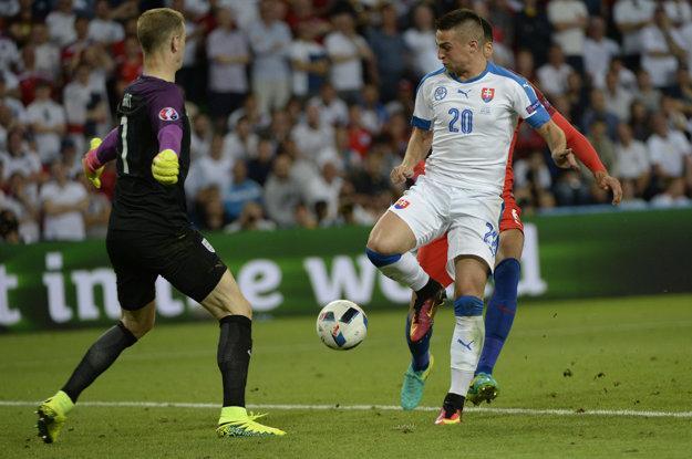 Mak bol v lete súčasťou mužstva na majstrovstvách Európy, kde Slováci postúpili zo skupiny.