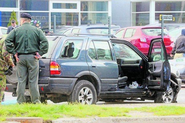 Slovenského zlodeja zastavila pred dvomi týždňamiaž streľba policajtov v Petržalke.