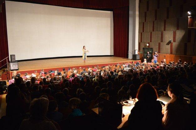 Medzinárodný festival animovaných filmov Bienále Bratislava zaplnilo takmer celé kino.