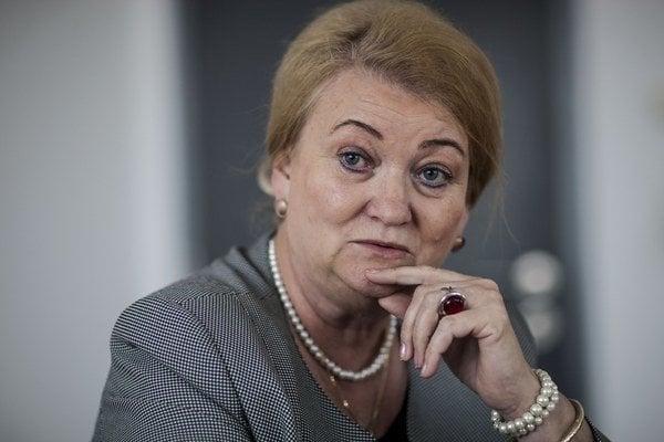 Anna Záborská berie homosexuálne partnerstvá ako útok na tradičnú rodinu.