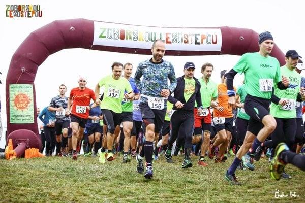 Na štarte bolo rekordných 174 bežcov a bežkýň z celého Slovenska.