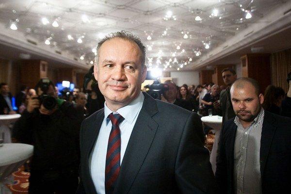 V bratislavskom hoteli Devín bolo v sobotu večer plno. Po zverejnení priebežných výsledkov sa nálada už len zlepšovala.