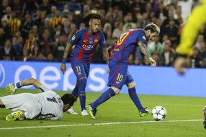 Messi (č. 10) dal hetrik proti City.