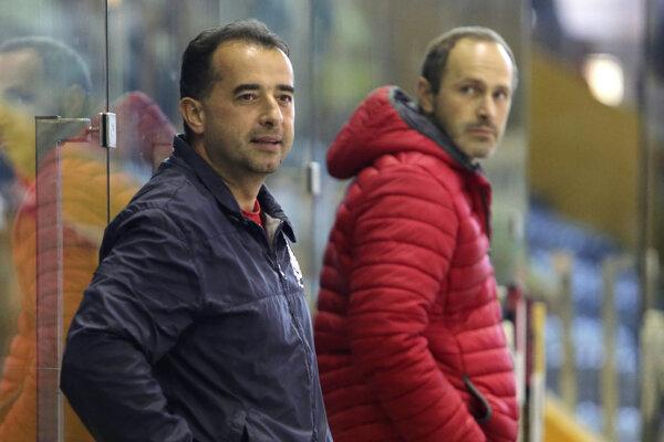 Sezónu začínal Josef Turek ako tréner Zvolena.