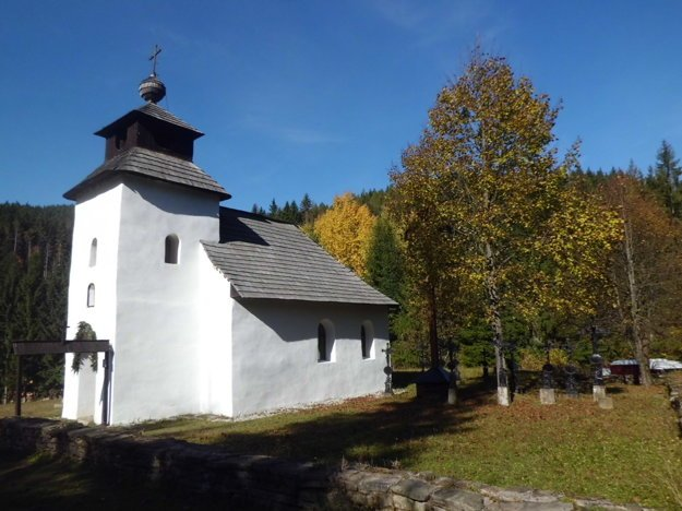Kaplnka Panny Márie Ružencovej, ktorá predtým stála v Zborove nad Bystricou.