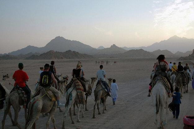V Sharm el Sheikh môžete spojiť zážitky z mora aj púšte.